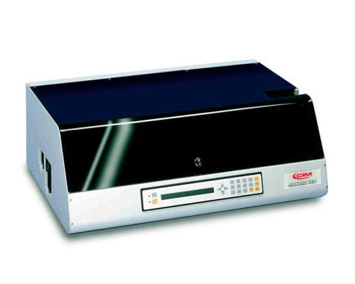 Embossers, impresoras en relieve para tarjetas plásticas